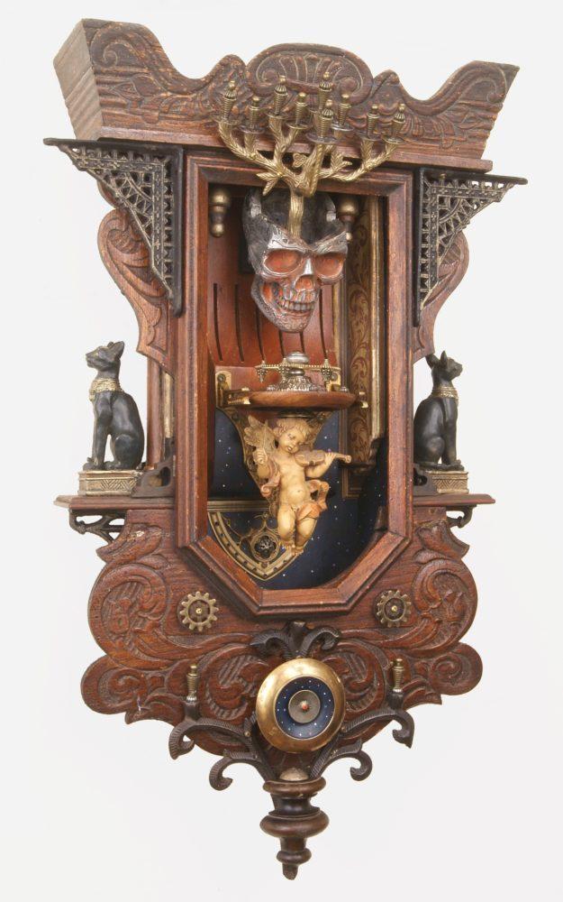 Christopher Bales Brings Sculptures to La Luz de Jesus